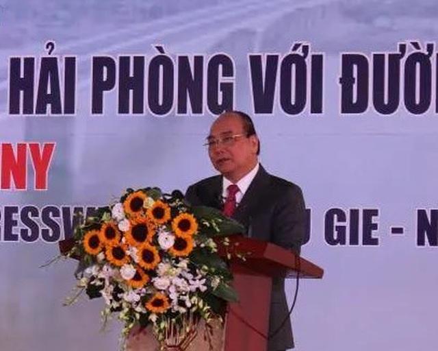 Thủ tướng phát lệnh thông xe cầu Hưng Hà và tuyến đường bộ trọng điểm Bắc Bộ - 1