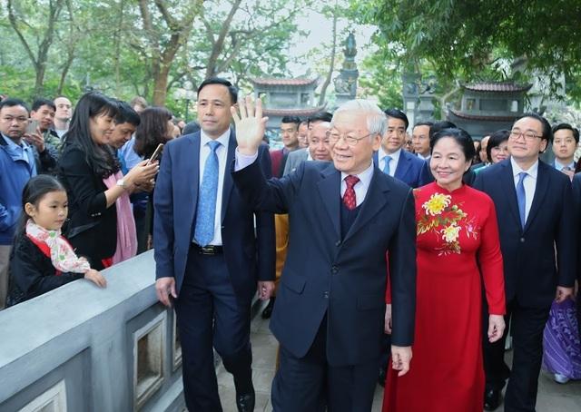 Tổng Bí thư, Chủ tịch nước: Không phải ngẫu nhiên không khí phấn khởi lan toả khắp Việt Nam - 1