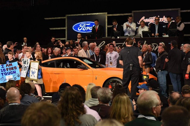 363115db-2020-ford-mustang-shelby-gt500-auction-3.jpg