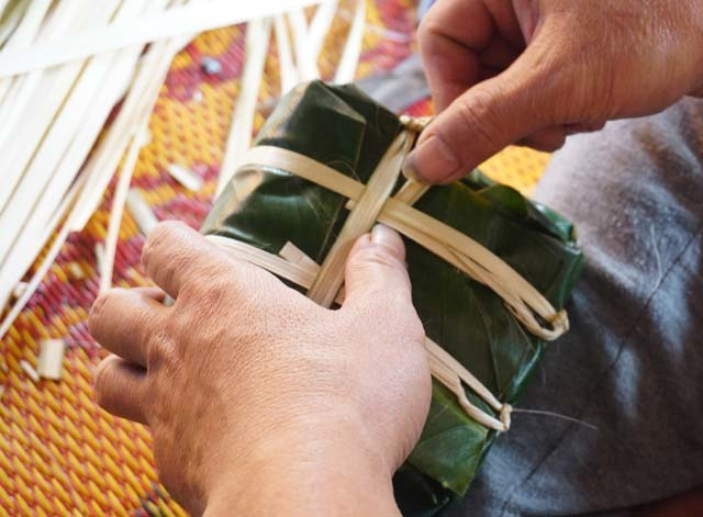 Làng bánh chưng Vĩnh Hòa: Mỗi ngày chợp mắt 2 tiếng để kịp giao hàng  - 6