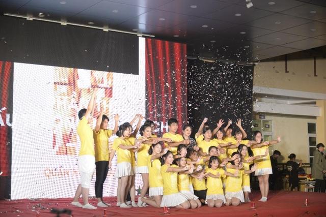 Teen trường Yên Hoà háo hức chào Xuân 2019 với những bản nhạc tuổi thanh xuân - 5