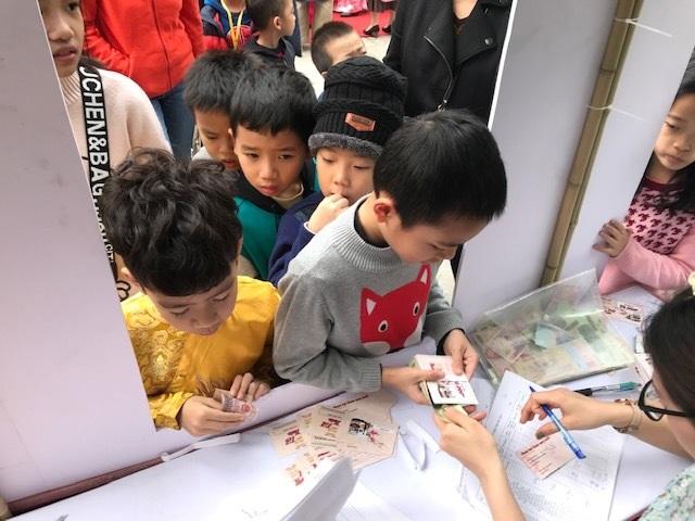 Hà Nội: Học sinh trải nghiệm cái Tết thời mậu dịch - 2