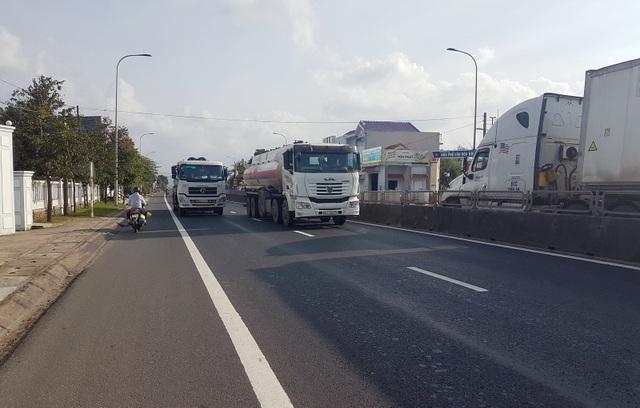 Quốc lộ chi chít ổ gà: Vá xong đường trước Tết - 3