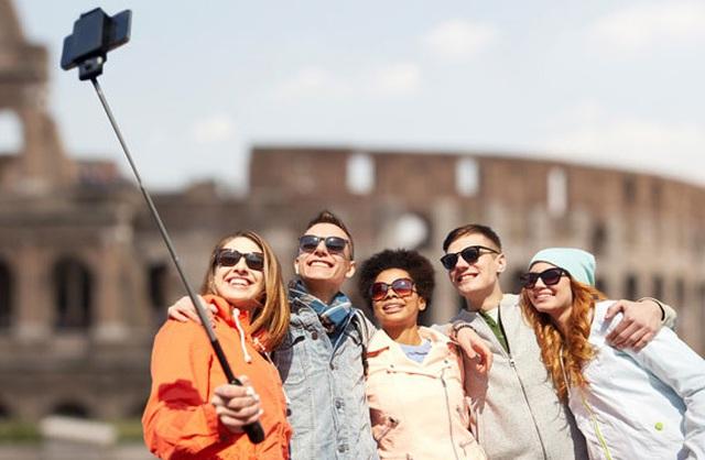 Món đồ công nghệ cần thiết cho người đi du lịch xa ngày Tết - 2
