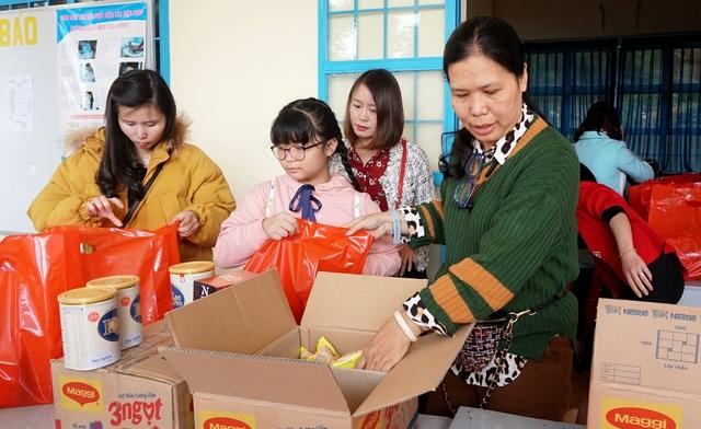 """""""Xuân ấm áp"""" đến với học sinh và giáo viên khó khăn ở Lâm Đồng - 1"""