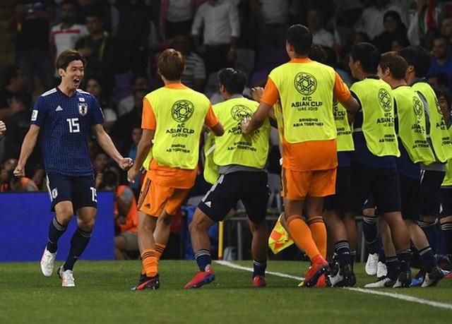 Nhật Bản 3-0 Iran: Chiến thắng hoàn hảo - 2