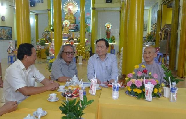 Chủ tịch MTTQ Việt Nam Trần Thanh Mẫn đến thăm các bé họ Nhân ở Cần Thơ - 2
