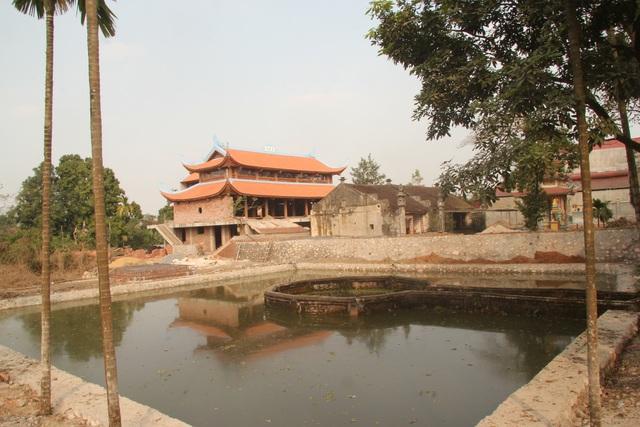 """Ngôi chùa bề thế được xây dựng từ tiền bán... nhánh """"cây sưa trăm tỷ"""" - 2"""