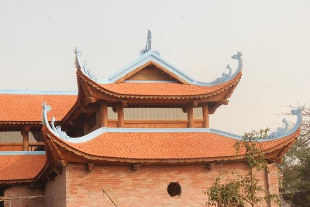 """Ngôi chùa bề thế được xây dựng từ tiền bán... nhánh """"cây sưa trăm tỷ"""" - 4"""
