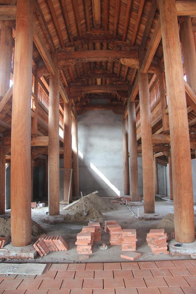 """Ngôi chùa bề thế được xây dựng từ tiền bán... nhánh """"cây sưa trăm tỷ"""" - 5"""