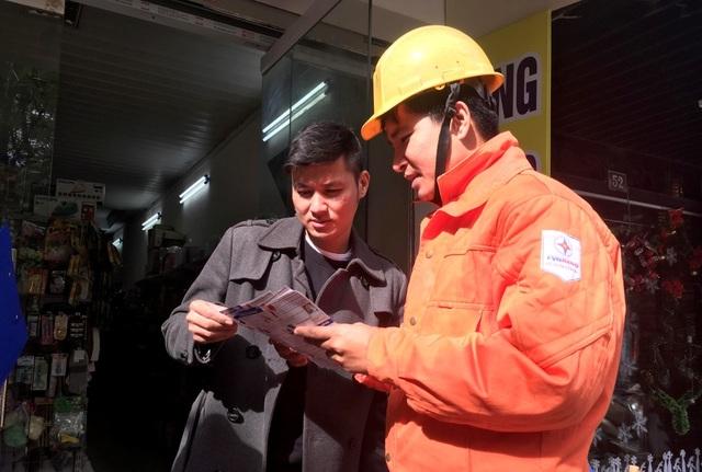 Hà Nội: Tăng cường đảm bảo điện phục vụ Tết 2019 - 2