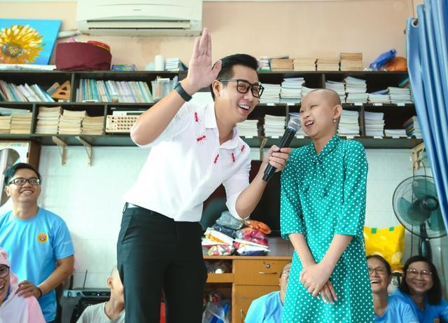 MC Nguyen Khang 3.jpg