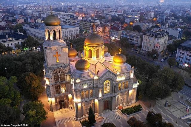 Bulgaria có tất cả mọi thứ để hút hồn du khách - 14
