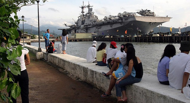 Philippines lo Trung Quốc thao túng cảng Subic - 2