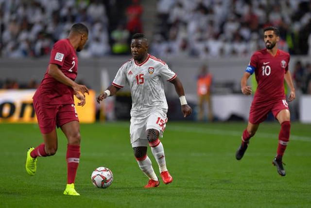 Đại thắng 4-0 trước chủ nhà UAE, Qatar lọt vào chung kết gặp Nhật Bản - 9