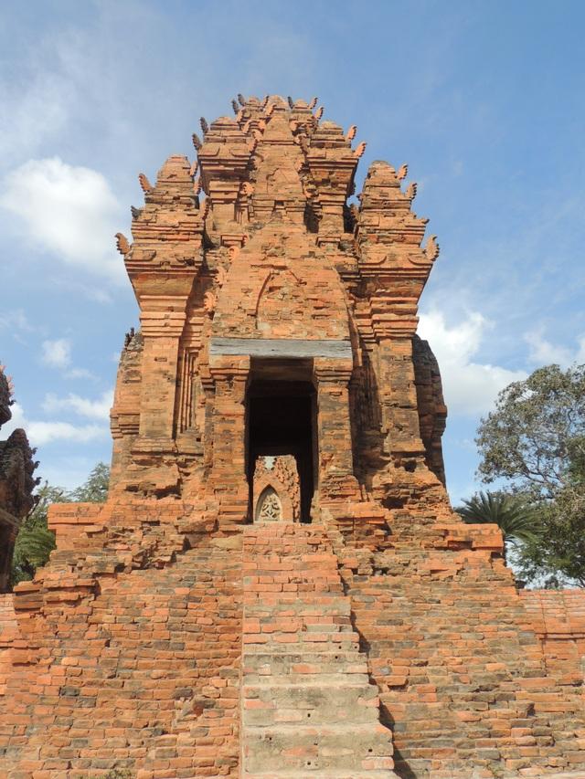 tháp chăm (5).jpg