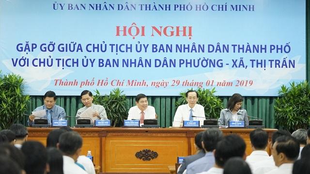 Chủ tịch TPHCM đặt hàng giải pháp quản lý người nước ngoài  - 1