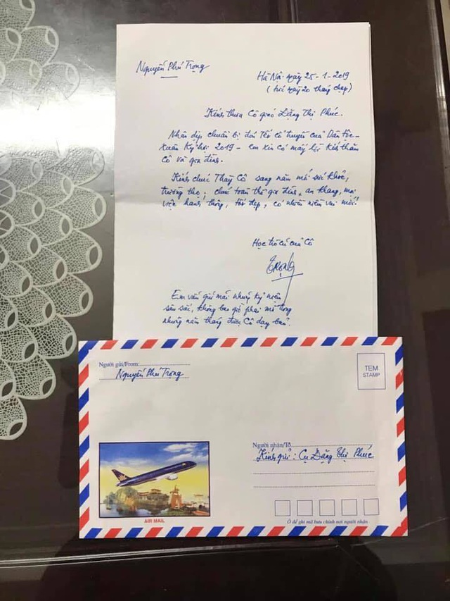 Secretary General and State President Nguyen Phu Trong sent a letter to congratulate the former teacher for the new year - 1