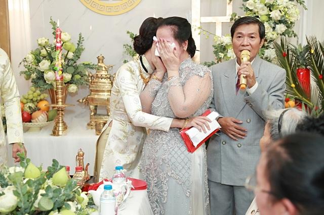 Những đám cưới bất ngờ của sao Việt ngày cuối năm - 9