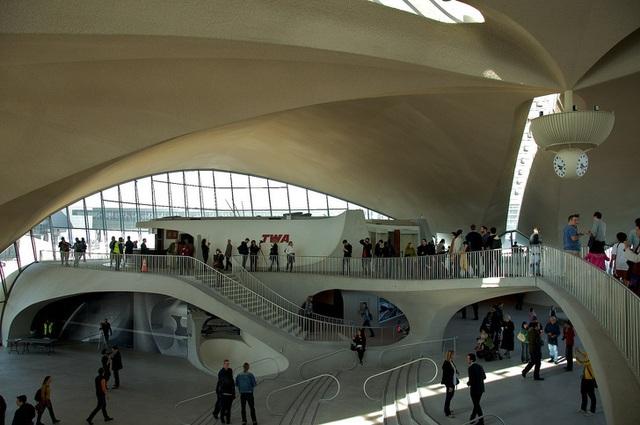 14 sân bay tuyệt đẹp trên thế giới - 16
