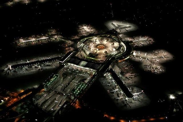 14 sân bay tuyệt đẹp trên thế giới - 27