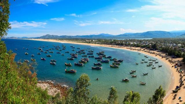 """Năm 2019 bất động sản nghỉ dưỡng biển vẫn """"hút"""" dòng vốn - 1"""