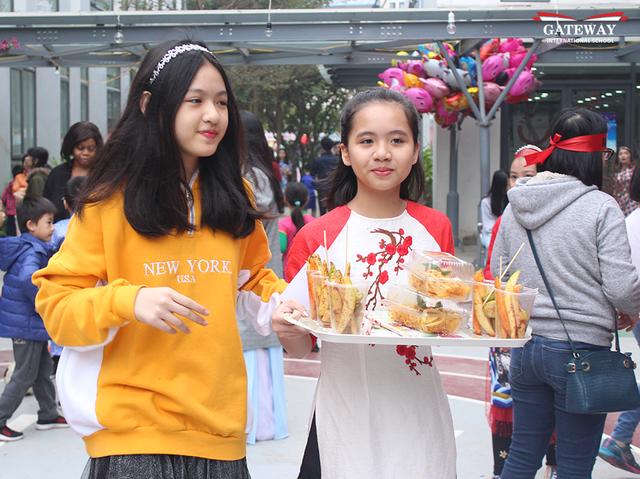 Trải nghiệm chợ tết bao cấp của học sinh trường Quốc tế - 5