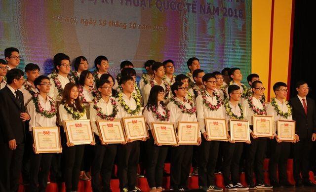 Dấu ấn giáo dục Việt Nam trên đấu trường trí tuệ quốc tế năm qua - 1