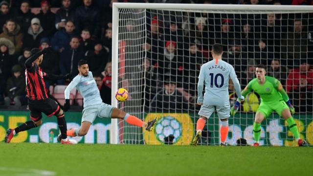 Nhìn lại thất bại xấu hổ của Chelsea trên sân Bournemouth - 10