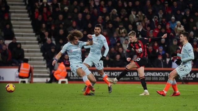 Nhìn lại thất bại xấu hổ của Chelsea trên sân Bournemouth - 13