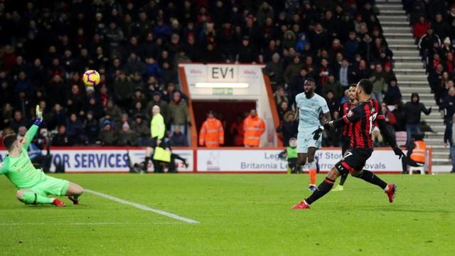 Nhìn lại thất bại xấu hổ của Chelsea trên sân Bournemouth - 15