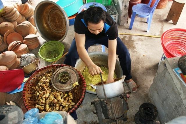 Hà Nam: Cận Tết, người kho cá thuê Đại Hoàng kiếm tiền triệu/ngày  - 4