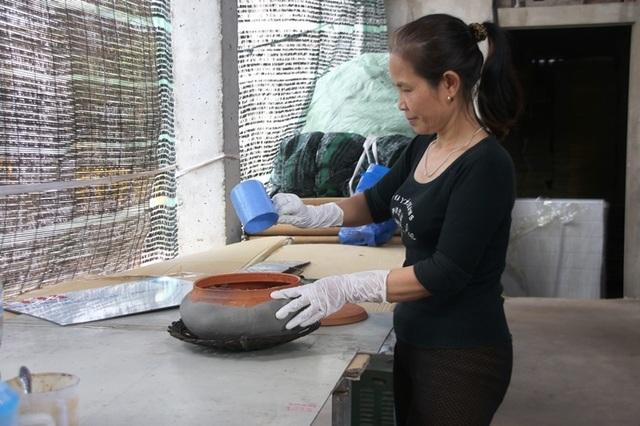 Hà Nam: Cận Tết, người kho cá thuê Đại Hoàng kiếm tiền triệu/ngày  - 5