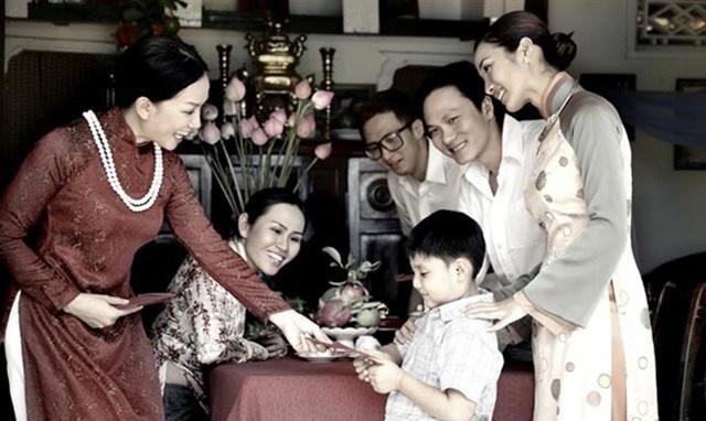Những điều cần dạy trẻ khi nhận lì xì trong năm mới - 1