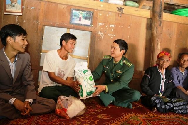 Xuân hạnh phúc của những người vô danh vừa được nhập quốc tịch Việt - 3