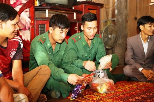 Xuân hạnh phúc của những người vô danh vừa được nhập quốc tịch Việt - 4