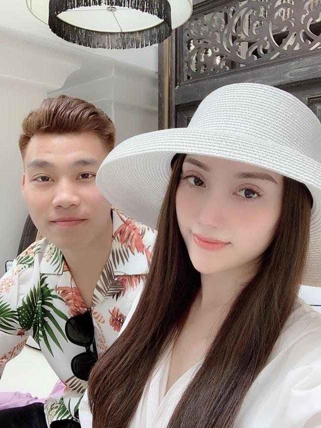 """Đặng Văn Lâm khoe thân hình """"cực phẩm"""", Văn Thanh đẹp trai tựa """"soái ca"""" đón Tết - 2"""