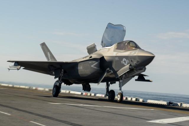 Tiêm kích F-35 có thể sớm bị ra rìa vì quá đắt đỏ - 1