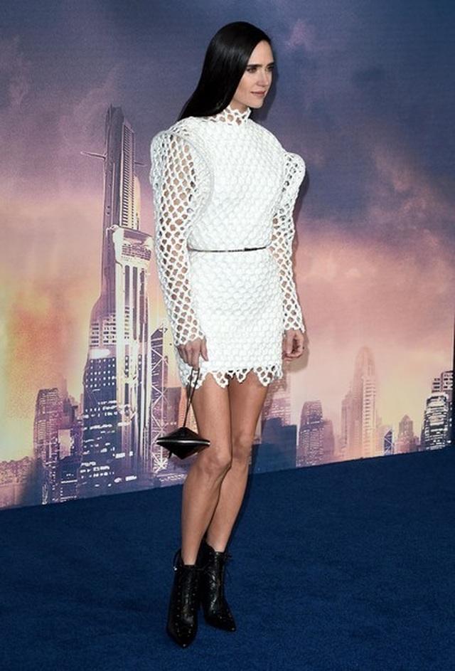 Jennifer Connelly trẻ đẹp đáng kinh ngạc ở tuổi 49  - 4