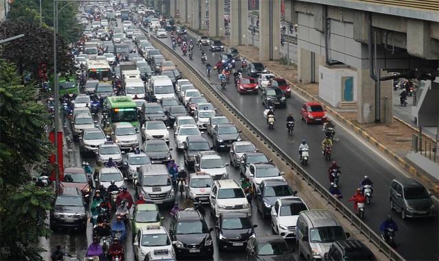Đường phố Hà Nội ùn tắc kinh hoàng trong ngày 27 Tết - 4