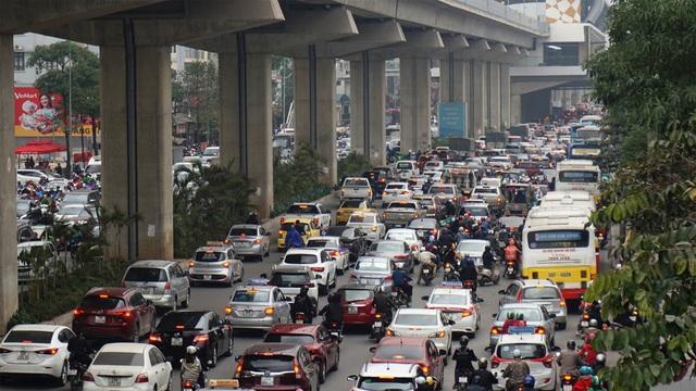 Đường phố Hà Nội ùn tắc kinh hoàng trong ngày 27 Tết - 3