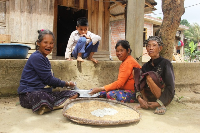Xuân hạnh phúc của những người vô danh vừa được nhập quốc tịch Việt - 7