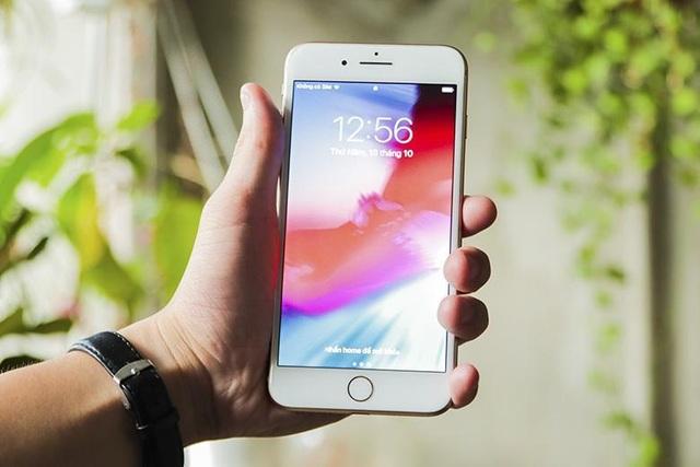 Top 10 smartphone đang hút khách ngày Tết - 5