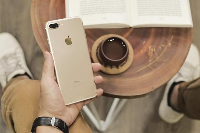 Top 10 smartphone đang hút khách ngày Tết - 6