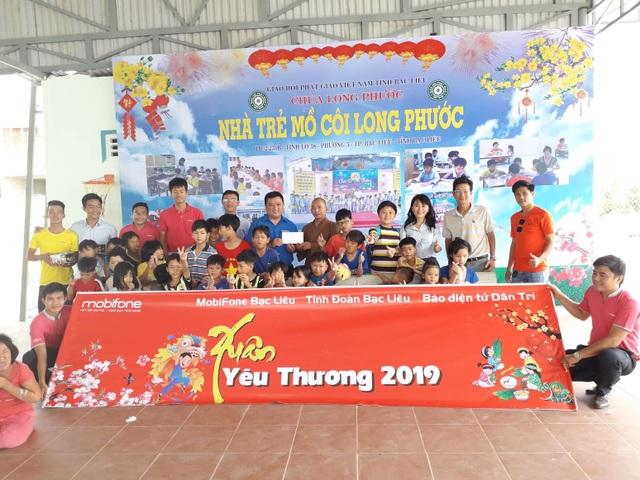 Chương trình Xuân yêu thương đến với Nhà trẻ mồ côi chùa Long Phước, TP Bạc Liêu, tỉnh Bạc Liêu.