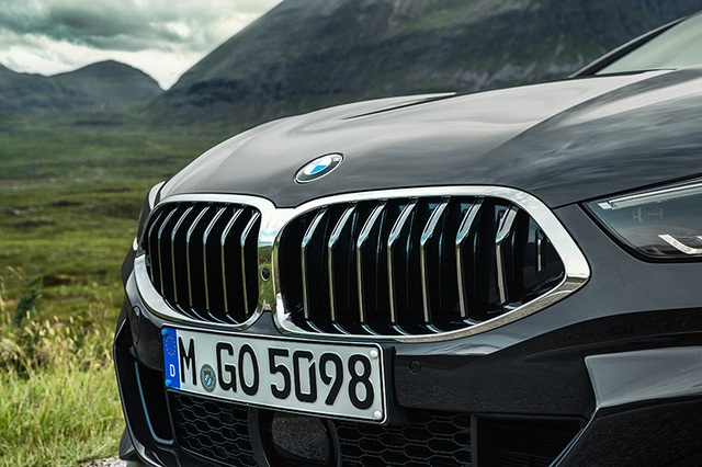 Thừa thắng xông lên, BMW ra mắt 8-Series Convertible 2019 - 10