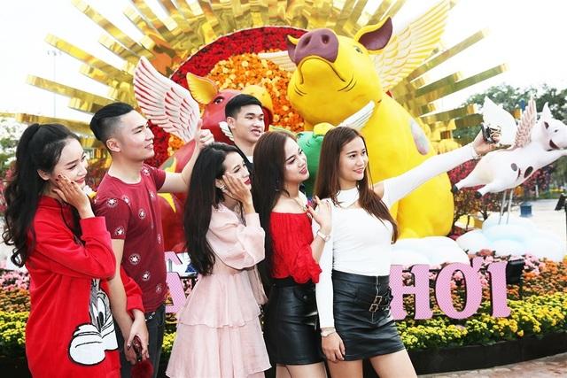 Phát cuồng với những góc check-in đẹp mộng mị tại Lễ hội hoa xuân Sun World HaLong Complex - 1