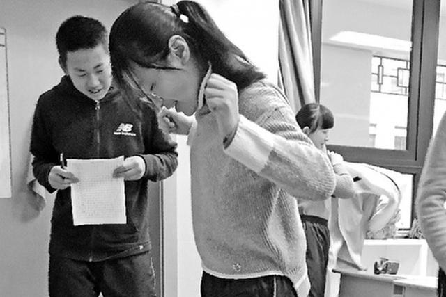 """Trung Quốc: Trường học """"dọa"""" phạt học sinh nếu tăng cân quá nhiều dịp Tết - 1"""
