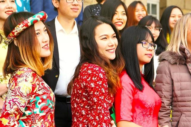 Giao thừa hướng về quê hương của các du học sinh Việt trên thế giới - 13
