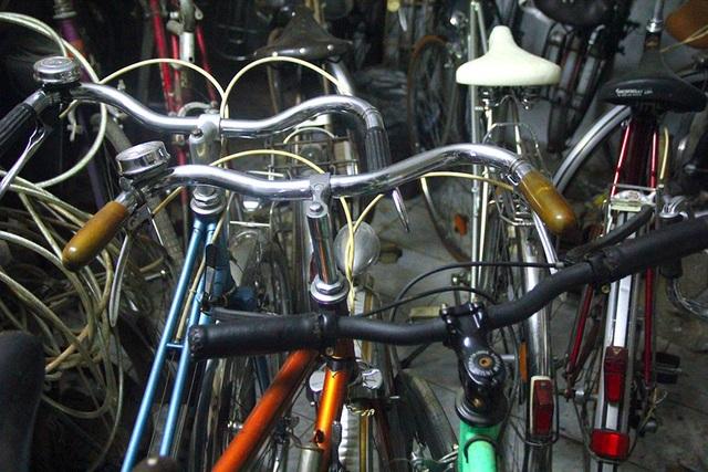 Đại gia Hà thành bán xe đạp cổ mua nhà mặt phố - 7